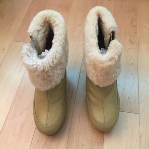 COPY - Hunter shearling ankle boots